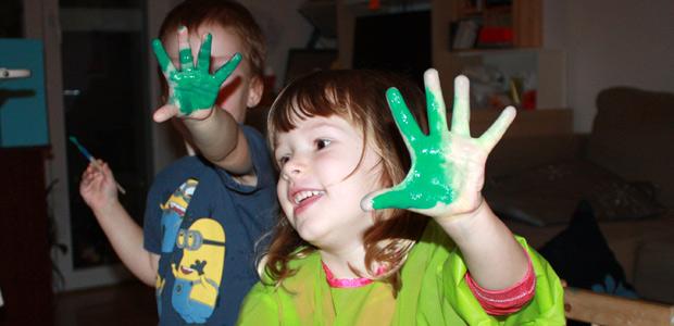 Malujeme rukama