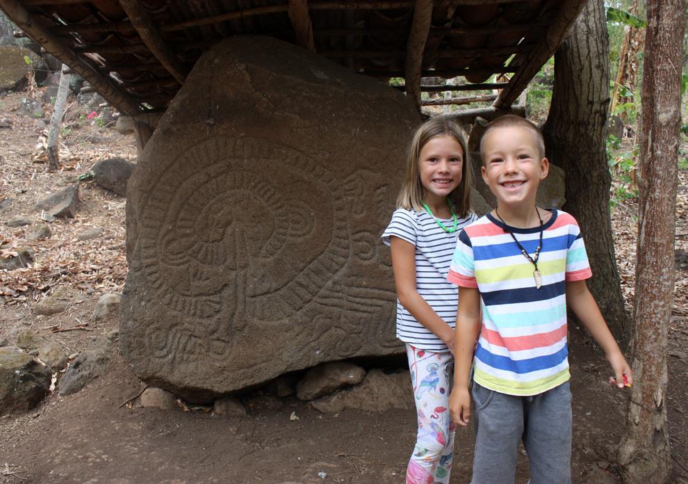 Nicaragua – Ometepe – Petroglyfy